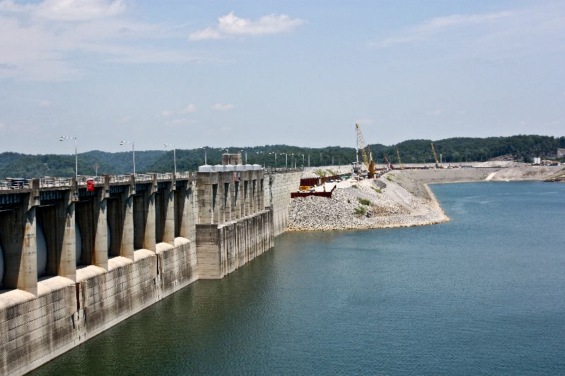 wolf creek dam Anybody doing any good below wolf creek dam trout ,sauger, walleye or strippers.